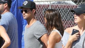 """Taylor Lautner z nową dziewczyną. Jak wygląda partnerka gwiazdy """"Zmierzchu""""?"""