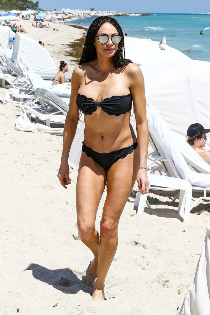 Lili na plaži pre nekoliko meseci