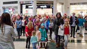 Majka Jeżowska w świątecznym flash mobie