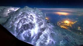 Neverovatni oblaci, oluje i severna svetlost: Ovako izgleda pogled na svet iz ugla PILOTA