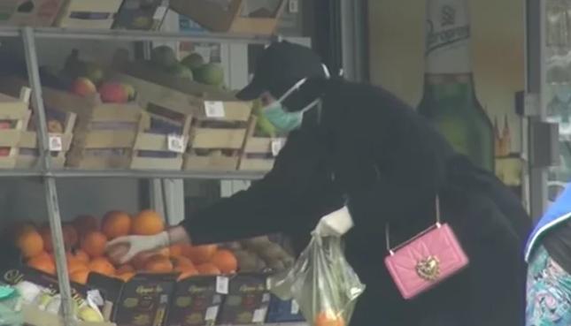Katarina Grujić pod zaštitom u kupovini