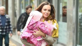 Anna Wendzikowska z córką na spacerze. Jak prezentowały się dziewczyny?