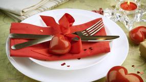 Jak udekorować stół na Walentynki? Dekoracje walentynkowe