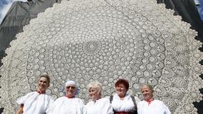 W Koniakowie wdziergano największą koronkę na świecie