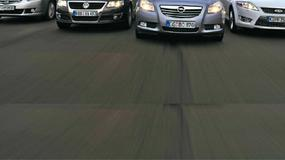 Opel Insignia kontra Honda Accord, VW Passat, Ford Mondeo i Citroen C5 - Oto piorunujące uderzenie Opla