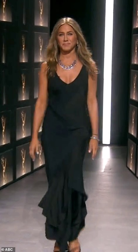 Dženifer Aniston na dodeli Emi nagrada