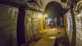 """""""Złoty pociąg"""" przyciąga zagranicznych dziennikarzy. Odwiedzają zamek Książ"""