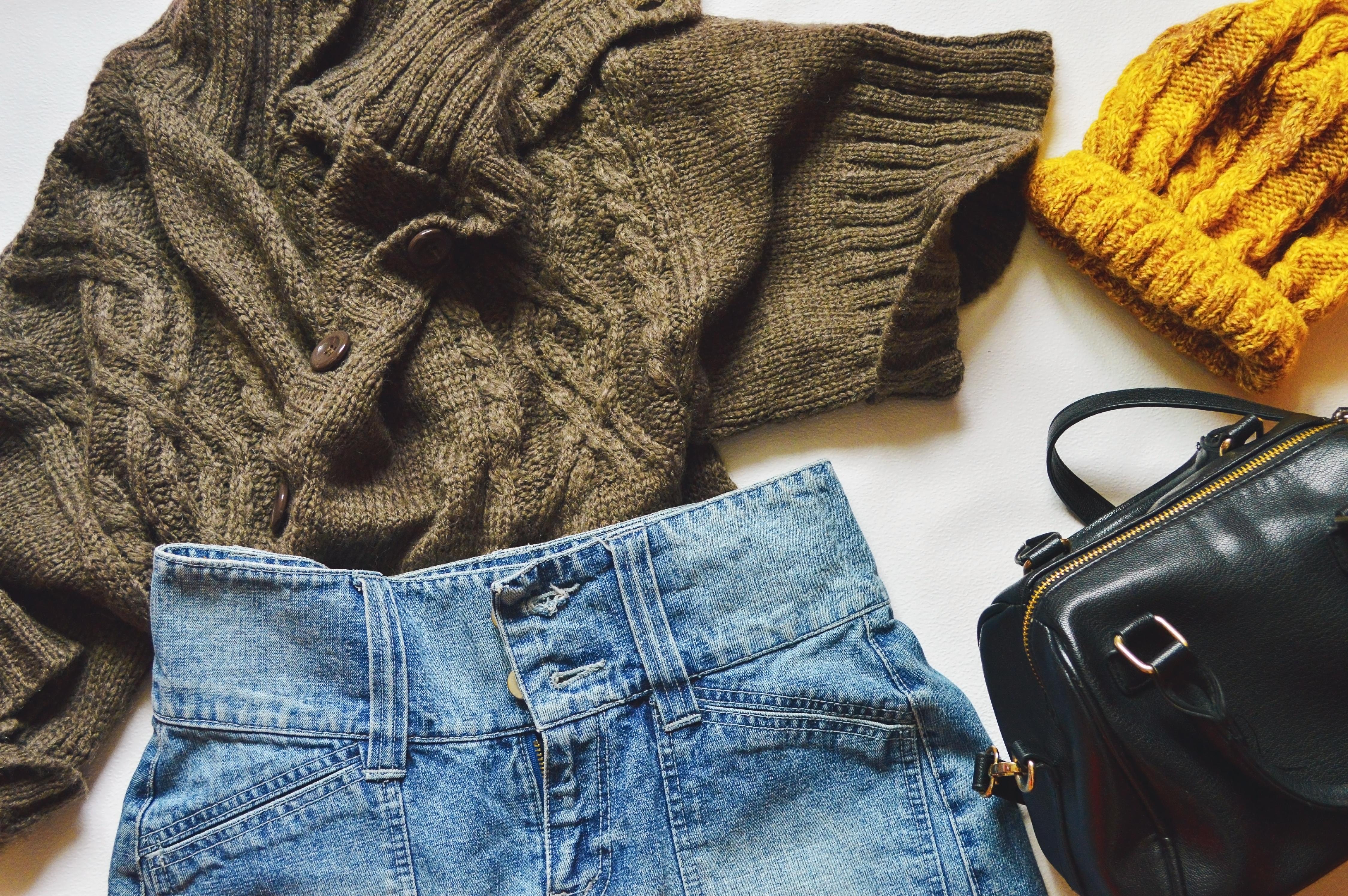 Swetry z wełny jagnięcej | Kupuj męskie swetry z wełny