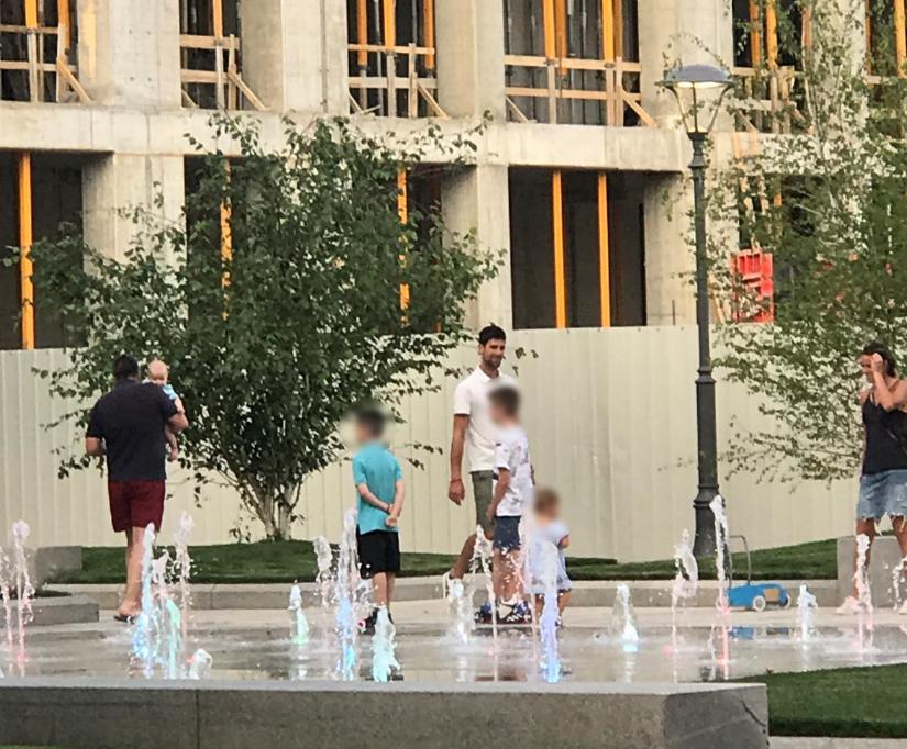 Novak Đoković sa decom u Beogradu