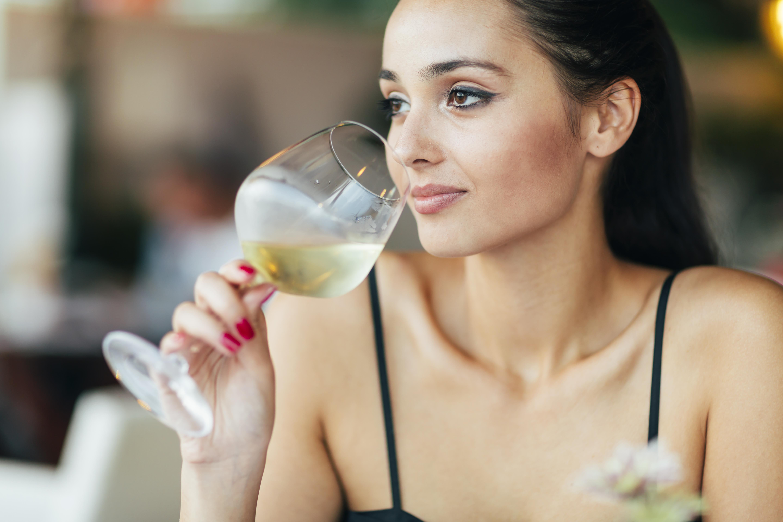 Umawianie się z uzależnionym od alkoholu alkoholikiem