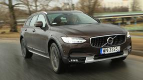 Volvo V90 Cross Country D4 – modnie na pewno, ale czy lepiej? | TEST