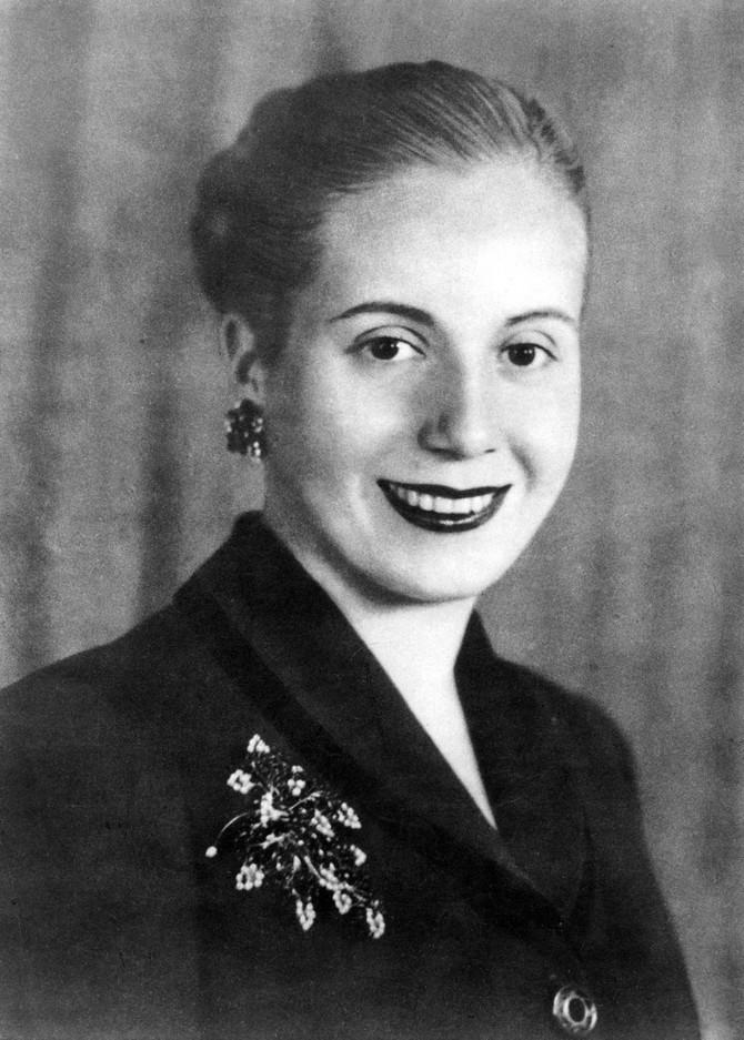 Evita uslikana 1951. godine, godinu dana pre nego što će je smrt uzeti