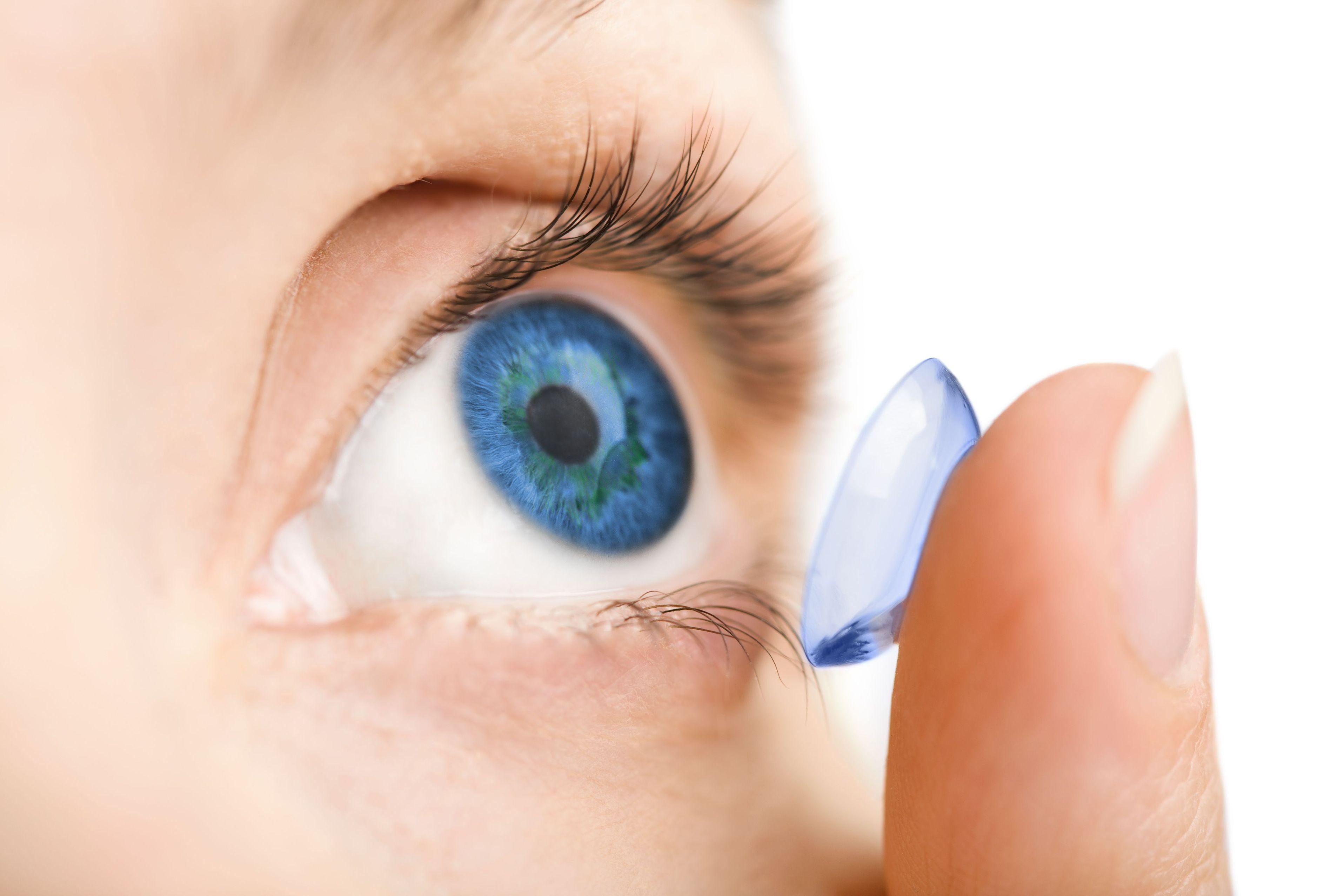 bf8b7d128b32 Jak dbać i nosić szkła kontaktowe