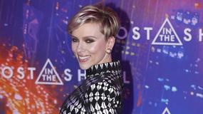 Scarlett Johansson w zaskakującej stylizacji na premierze filmu. Co za figura!