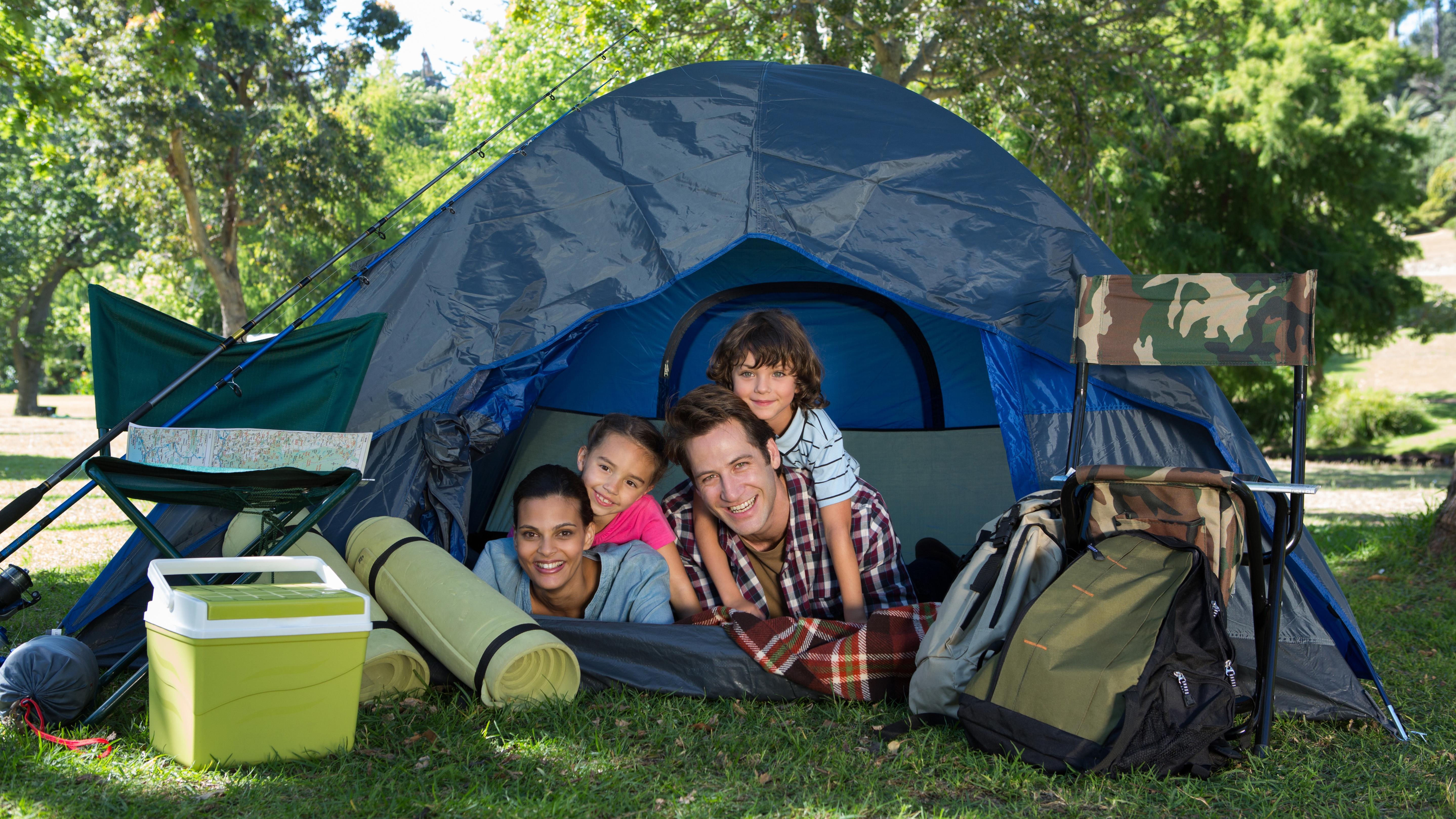Namioty turystyczne. Jaki namiot 4 osobowy wybrać? Podpowiadamy