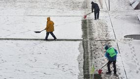 ZIMSKE ČAROLIJE Sneg, crvena lopta i superligaški fudbal u decembru /FOTO/