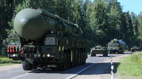Siergiej Szojgu na inspekcji gotowości bojowej Tejkowskiej dywizji rakietowej