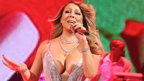 Roznegliżowana Mariah Carey na świątecznym koncercie