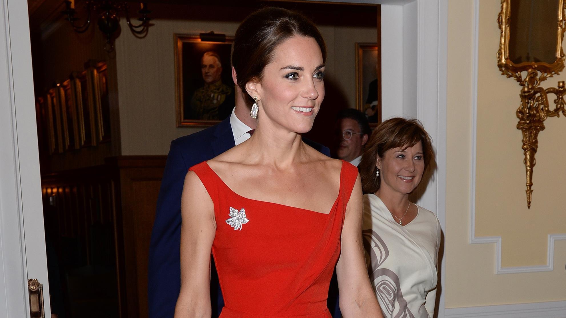 Księżna Kate w czerwonej sukni