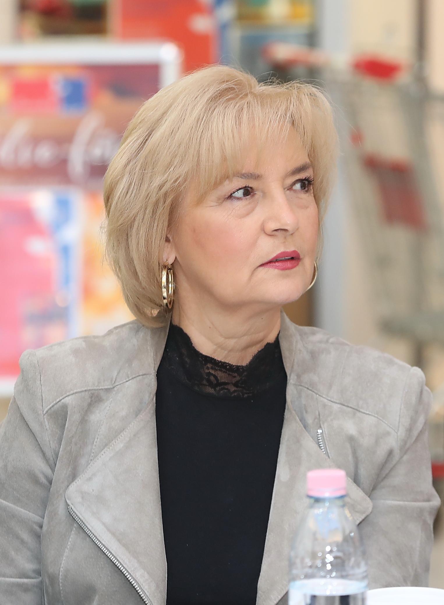 Aalst nyúlállat társkereső oldal slutty öreg ribanc feleség 71 szex szerelem társkereső játék