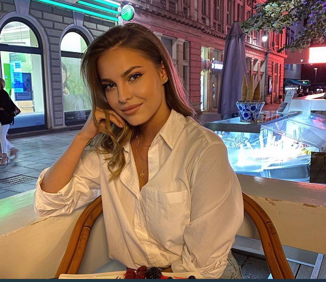 I to smo dočekali... Džejla Ramović objavila fotografiju u KUPAĆEM KOSTIMU!