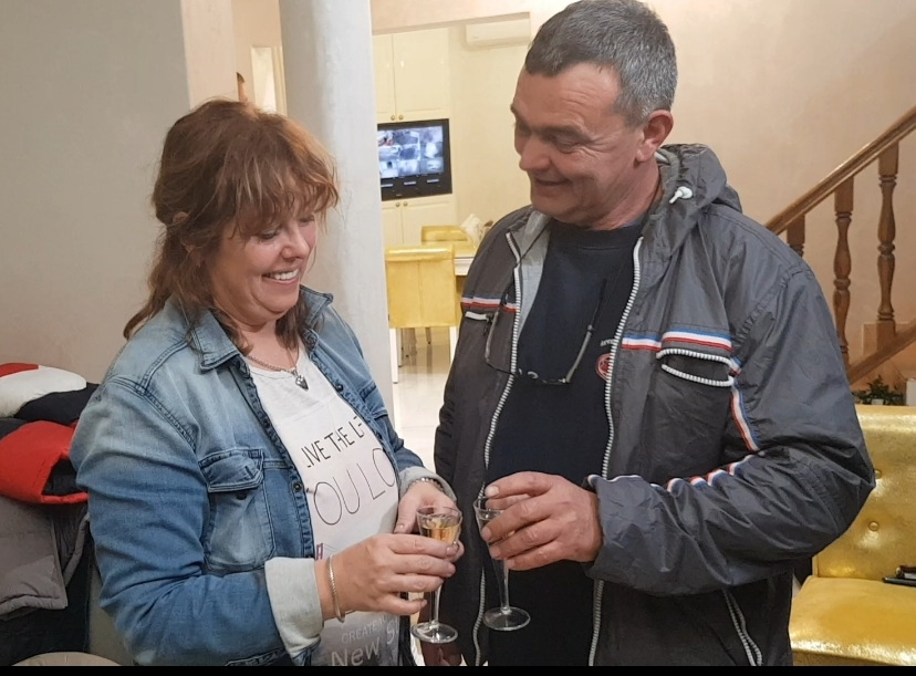 """""""Kad se rodi unuče, biće lom"""": Bogdanini roditelji spremili HILJADE EVRA ZA UNUKA ŽELJKA!"""