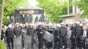 """DERBI UVERTIRA Opsada Autokomande, bakljada """"grobara"""" i tuča sa policijom! /FOTO/"""