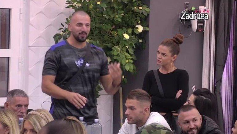 PRODUKCIJA OBJAVILA SNIMAK! Evo gde i kada su se poljubili Tomović i Rialda! Ovo je dokaz! (VIDEO)