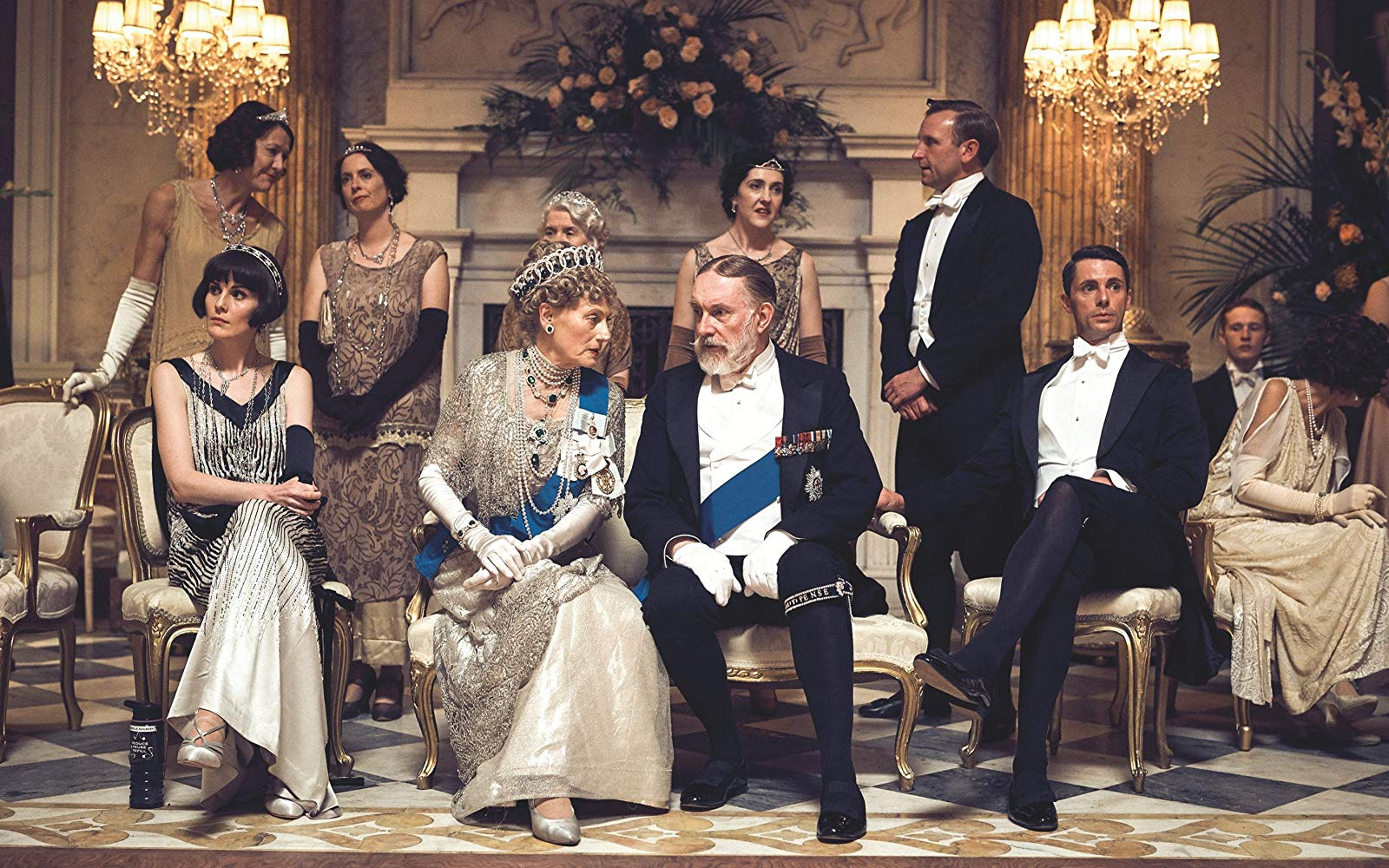 Seriale podobne do The Crown, downtown abbey