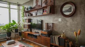 90-metrowe mieszkanie André - jasne i pełne wspomnień. Zobaczcie łazienkę połączoną z sypialnią