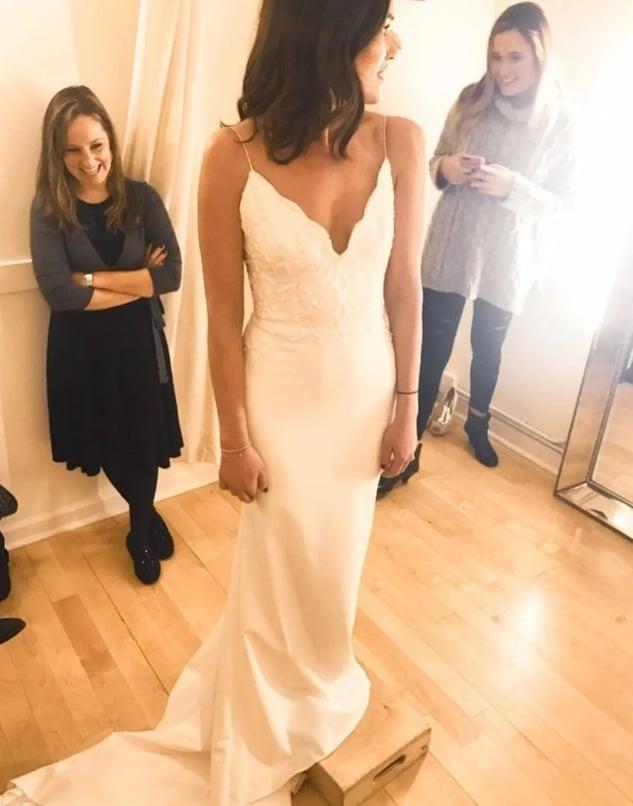 Devin je saznala za prevaru dok su pripreme za venčanje uveliko bile u toku