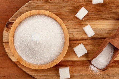 Sve vrste šećera pospešuju razvijanje kandide