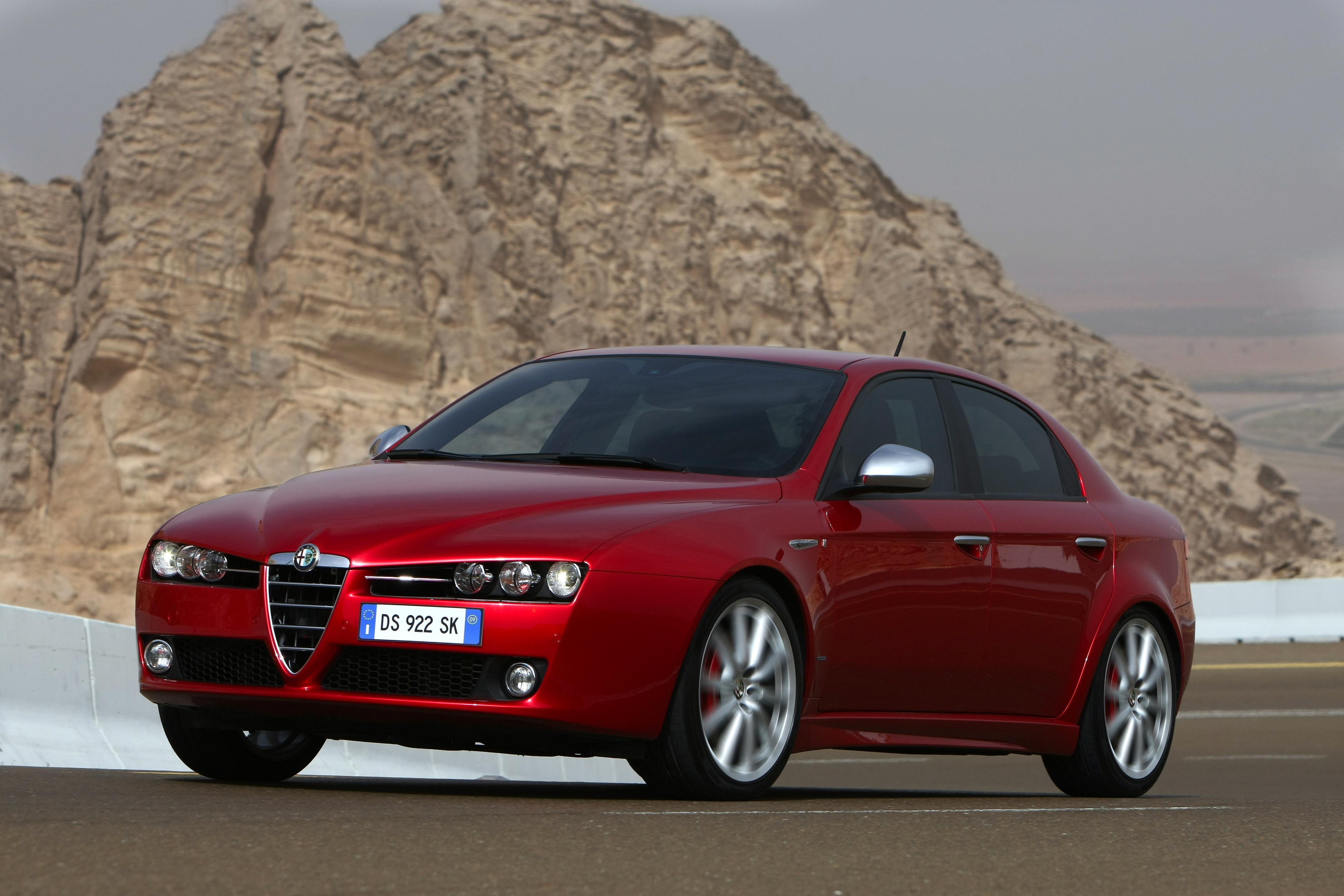 Samochody Alfa Romeo – Katalog aut Auto Świat