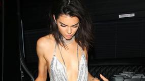 21 urodziny Kendall Jenner. Kendall wyeksponowała swoje zgrabne nogi, Kylie jak zwykle odsłoniła… dużo. A co z Kim Kardashian?
