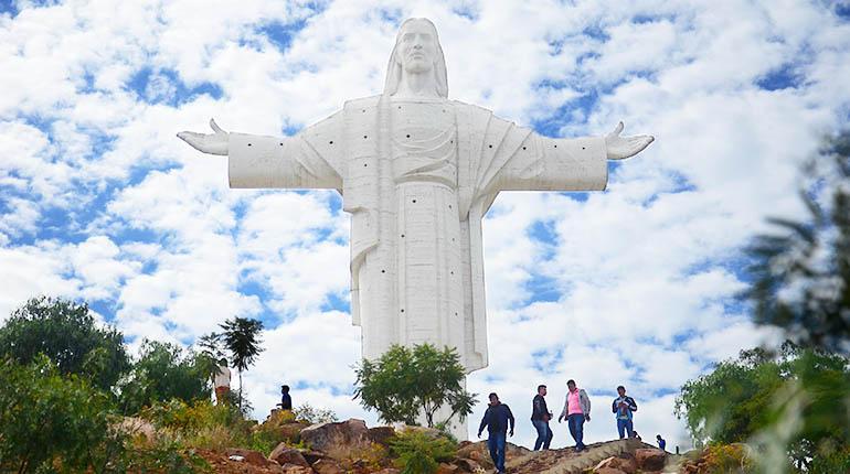 Cristo de la Concordia, Cochabamba, Bolivia [los tiempos]