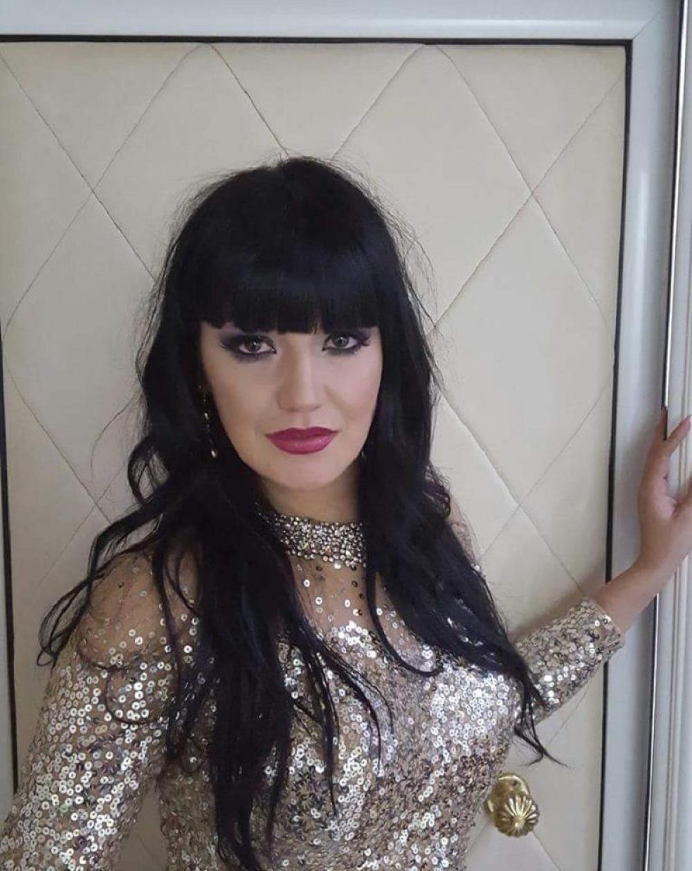 Iznenađenjima nikad kraja: Evo KO GLUMI SVEKRVU ubijene pevačice u seriji inspirisanoj slučajem Jelene Marjanović Krsmanović!