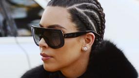 Kim Kardashian w obcisłych legginsach