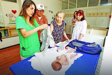 Porodica Nokić u porodilištu