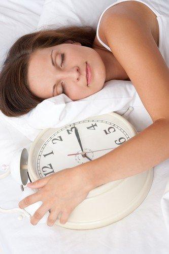 8 sati sna potrebno vam ja za detoksikaciju, zato idite ranije na spavanje
