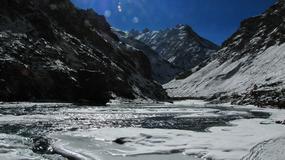 Chadar - lodowa droga w Indiach, wyprawa Joanny Lipowczan i Bartosza Malinowskiego