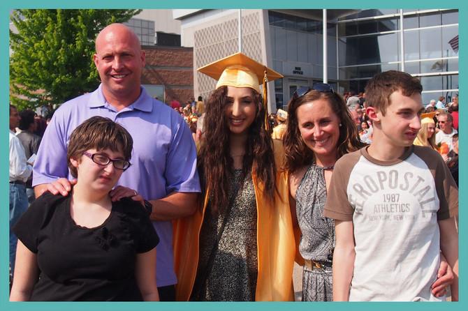 Jasmina je diplomirala