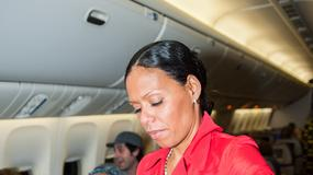 """Rihanna """"777 Tour"""" - tak dziennikarze bawią się w samolocie Rihanny [zdjęcia]"""