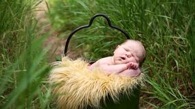Sesja zdjęciowa noworodka - nowa moda?