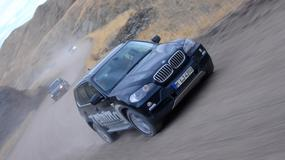 BMW X5 na pustyni