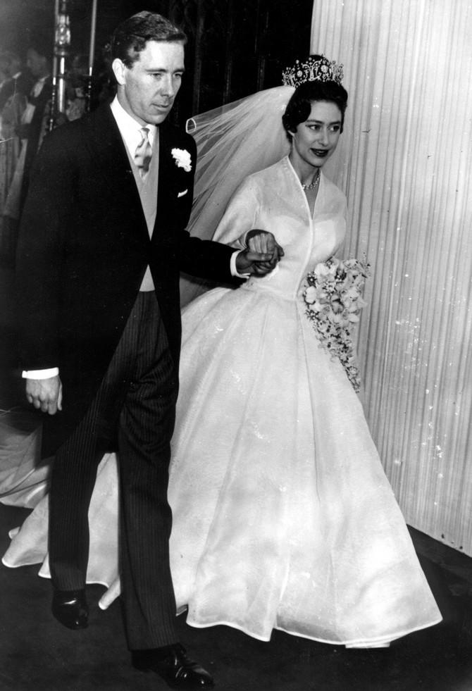 Princeza Margaret na venčanju sa Antonijem Armstrongom