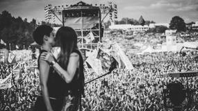 Przystanek Woodstock: pocałunek gwiazd, wyproszenie spod sceny punków przez Owsiaka - najbardziej pamiętne momenty w historii imprezy