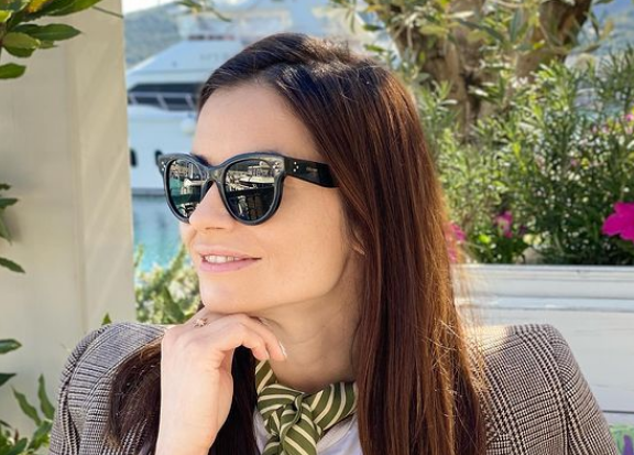 RAZVOD JOJ JE PROMENIO ŽIVOT: ''Nastavljam tamo gde sam stala...'' Marija Karan najavila ULOGU U SERIJI!