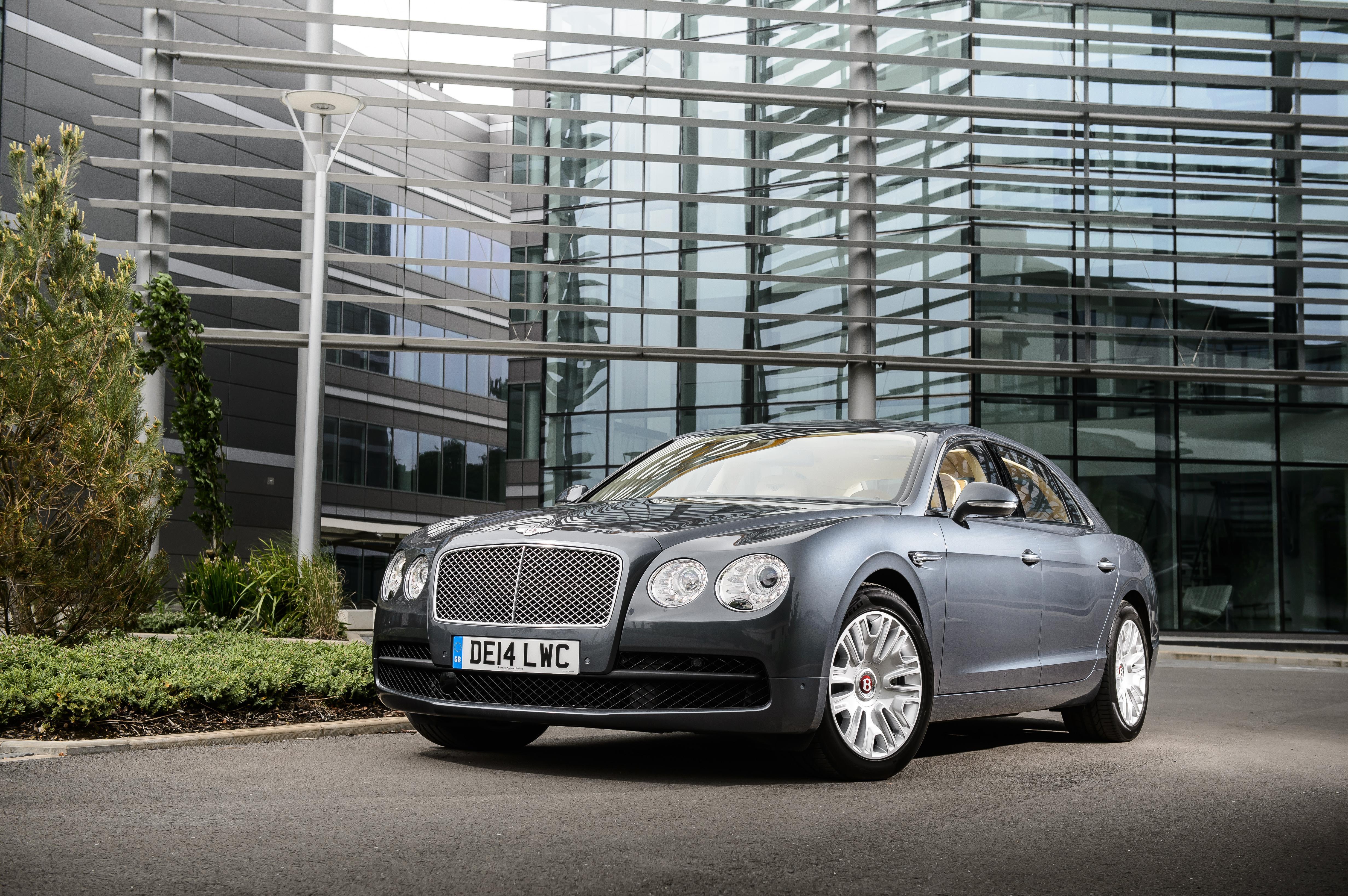 Bentley Flying Spur – testy i recenzje zdjęcia opinie dane techniczne