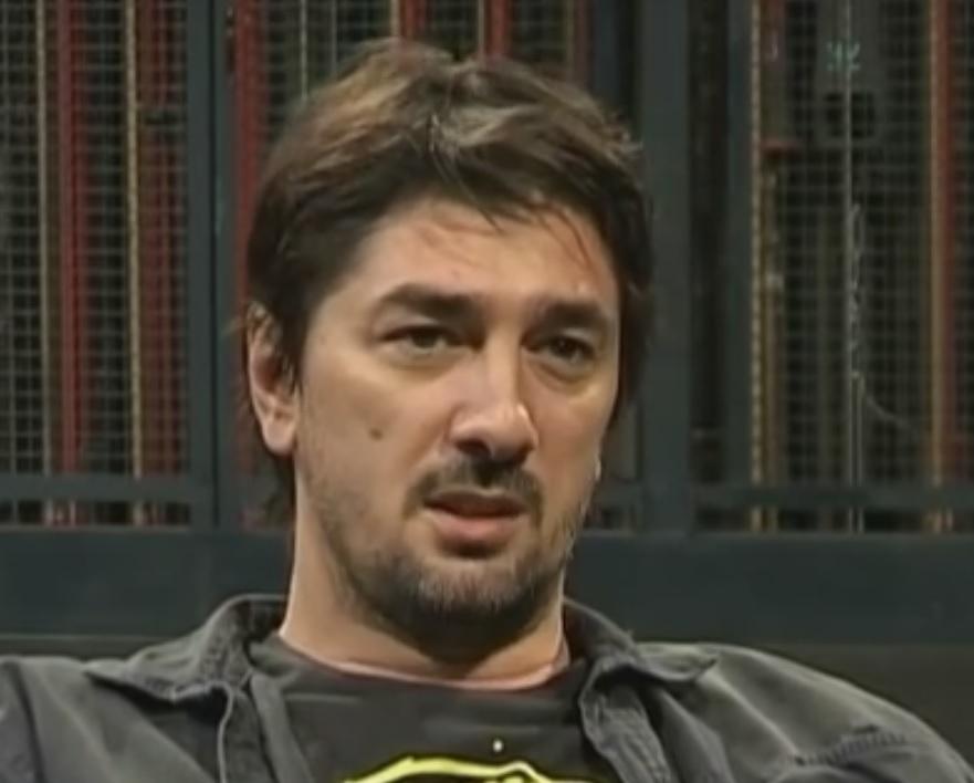 TAJNA PORODIČNOG BLAGA: OVO je Vojin Ćetković tražio od scenarista kultne serije, ali oni NISU DOZVOLILI!