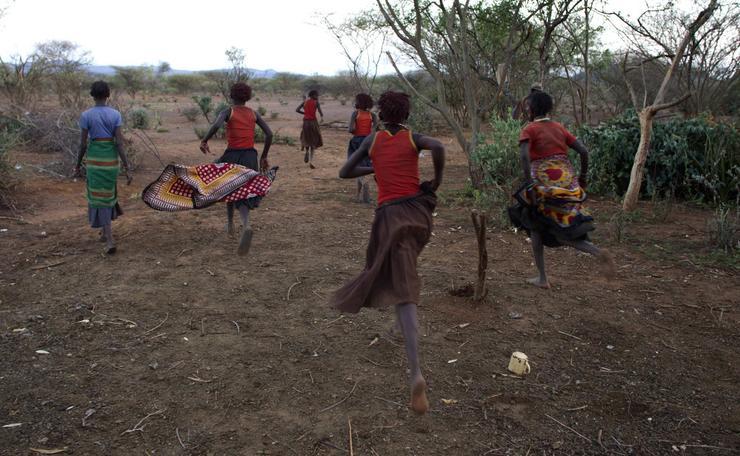 Obrzezanie Kobiet W Kenii - Tradycja Czy Tortura - Podre-8759
